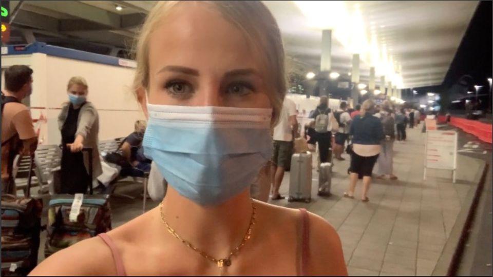 RTL-Reporterin Laura Schkrobol erlebt das Chaos der Mallorca-Heimkehrer hautnah am Flughafen.