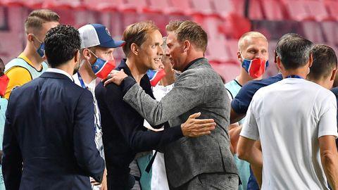 Julian Nagelsmann gratuliert Thomas Tuchel zum Einzug ins Finale der Champions League