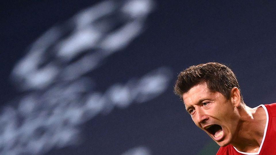 Robert Lewandowski schreit seinen Jubel heraus. Sein 3:0 gegen Lyon machte den Einzug ins Finale klar. Dort müssen die Bayern aber wachsamer sein.