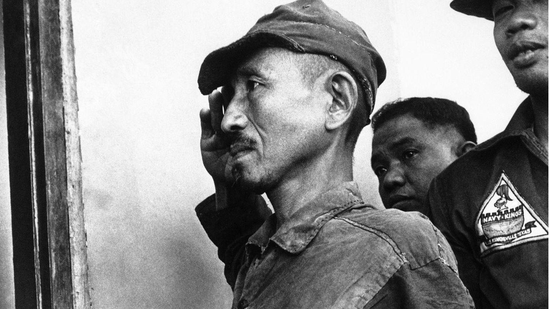 1974 ergibt sich LeutnantHiroo Onoda.