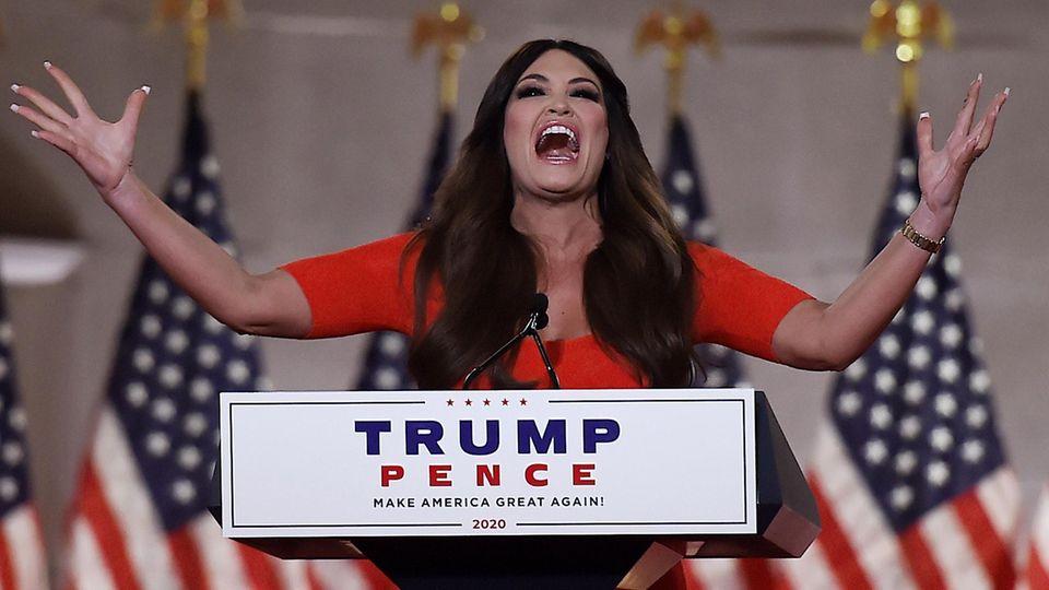 Kimberly Guilfoyle bei ihrer Rede auf dem Parteitag der Republikaner
