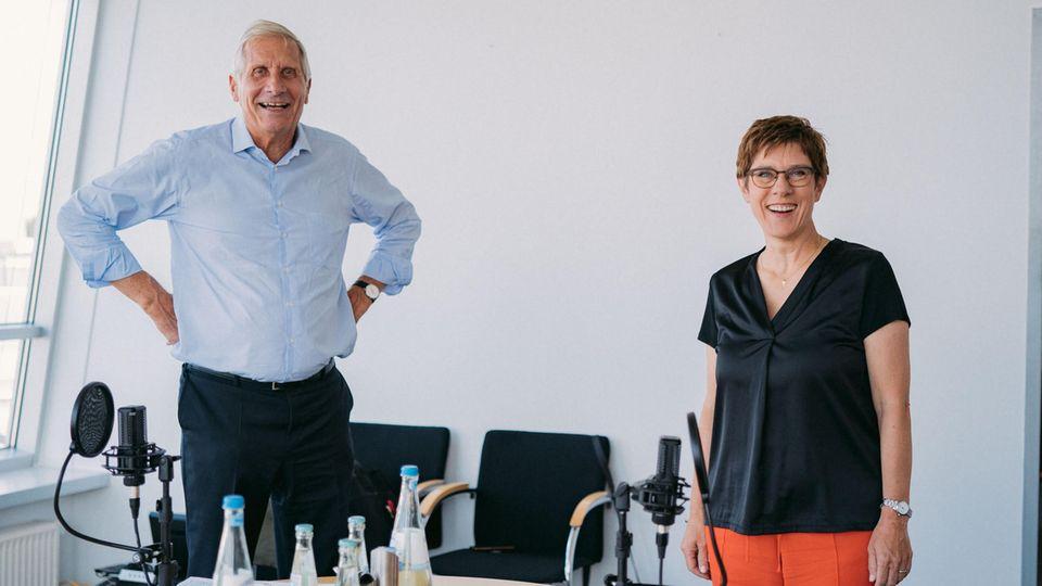 Ulrich Wickert und Annegret Kramp-Karrenbauer