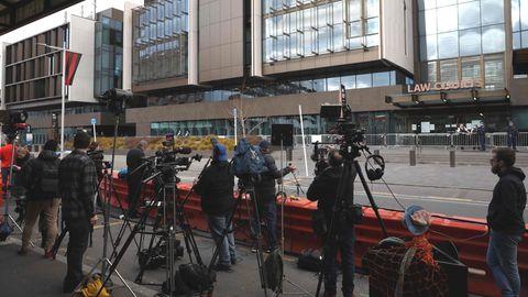 Christchurch: Medienvertreter versammeln sich vor dem Gebäude desHigh Court