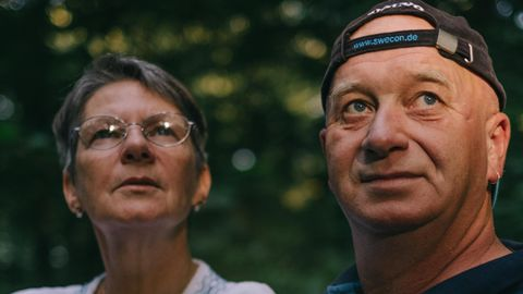 Bräutigamseiche in Eutin: Es begann mit einem Brief in einem Baum – die ungewöhnliche Liebesgeschichte von Henning und Kirsten