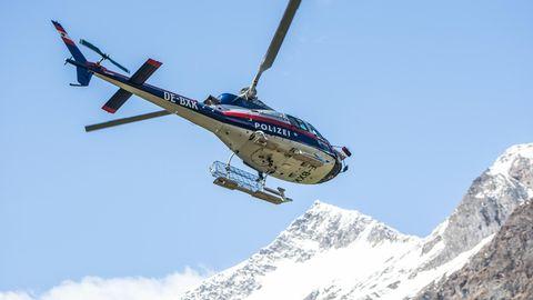 """Laut """"Tiroler Tageszeitung"""" hat derPolizei-Hubschrauber Libelle Tirol die Wanderinnen ins Tal geflogen (Archivbild)"""