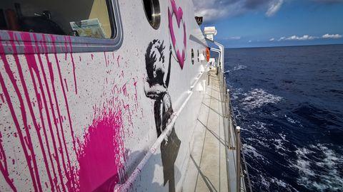 Streetart-Künstler Banksy finanziert Schiff zur Rettung von Flüchtlingen