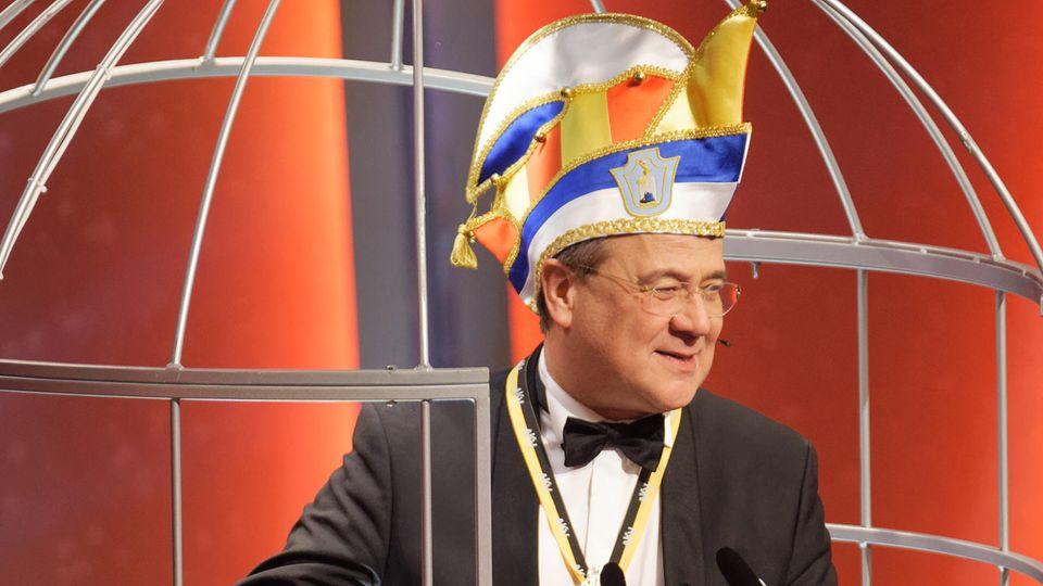 """Armin Laschet,nordrhein-westfälischer Ministerpräsident: """"Der Karneval steht zur Disposition."""""""