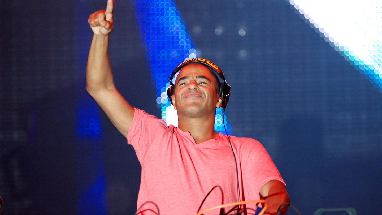 DJ Erick Morillo am DJ-Pult