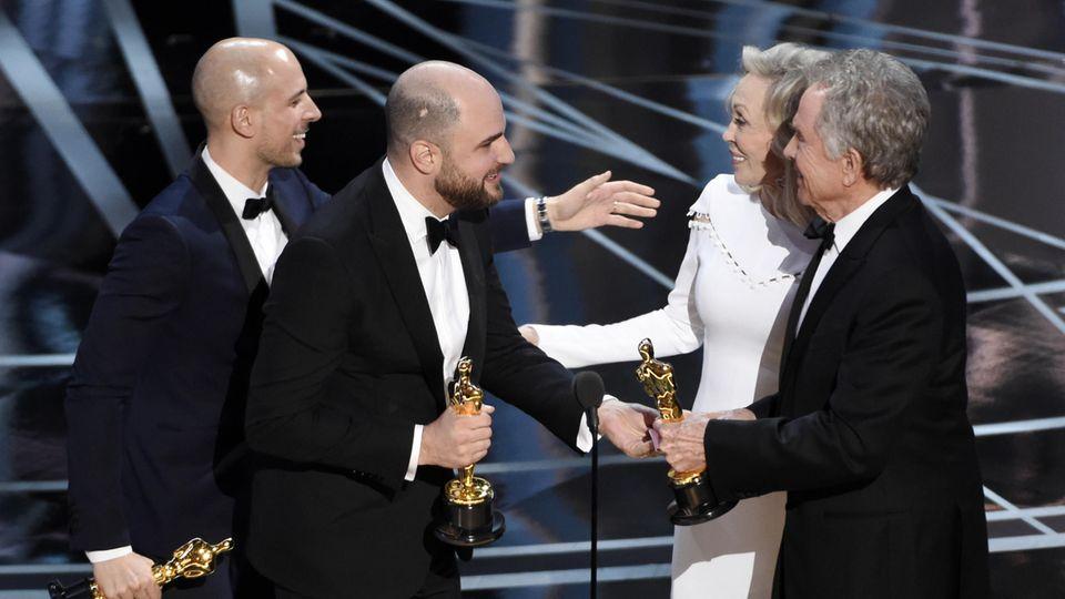 "Warren Beatty (r.) und Faye Dunaway verkündeten 2017 ""La La Land"" als besten Film"