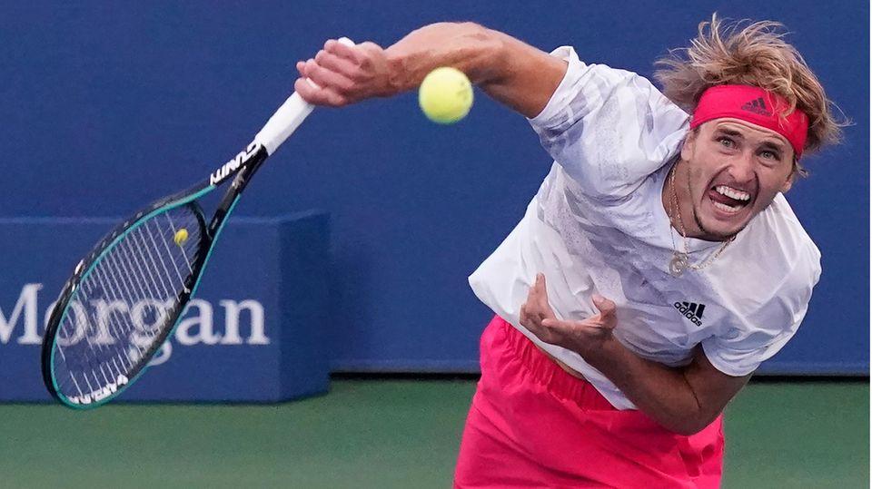 Steht nach einem skurrilen Turniertag im Achtelfinale: Alexander Zverev