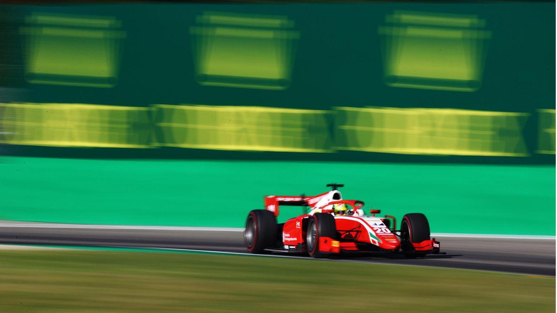 Mick Schumacher rast an diesem Wochende imAutodromo di Monza: Der 21-Jährigeist Formel-2-Pilot und Mitglied der Ferrari Driver Academy.