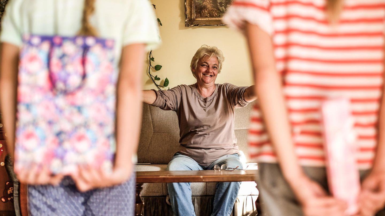 Allein oder glücklich?Viele ältere Menschen wünschen sich Zeit mit ihrer Familie. (Symbolbild)