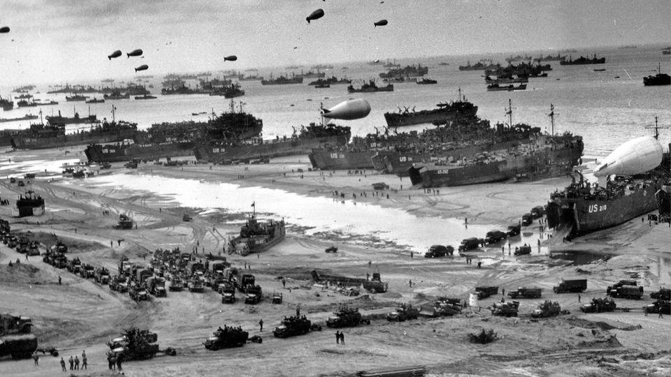 6. Juni 1944: Aufblasbare Panzer, Kanonen aus Pappmaché – so täuschten die Alliierten Hitler vor dem D-Day