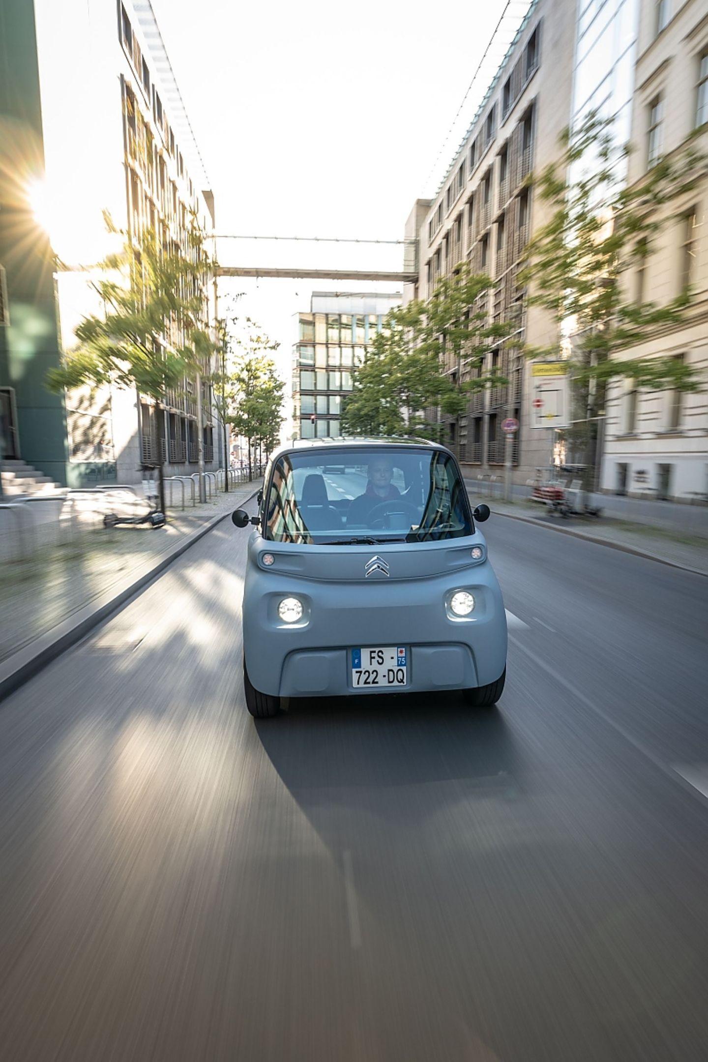 Mit einer Batterieladung kommt der Citroën Ami bis zu 75 Kilometer weit
