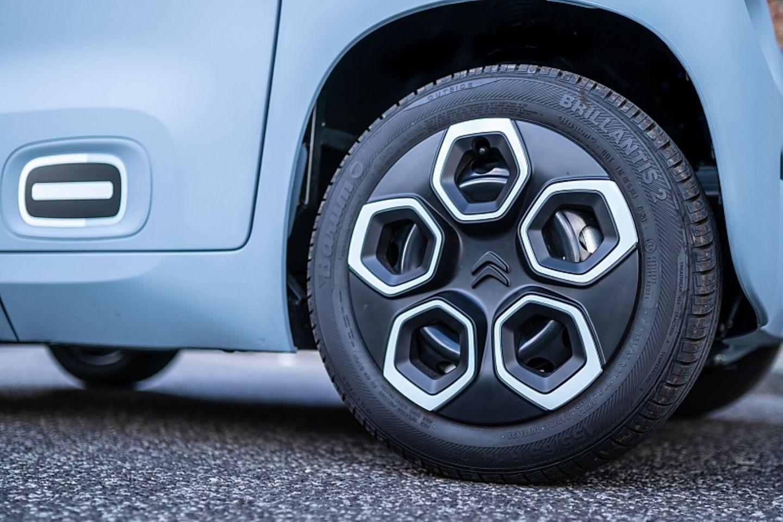 Die Reifen sind 14 Zoll groß