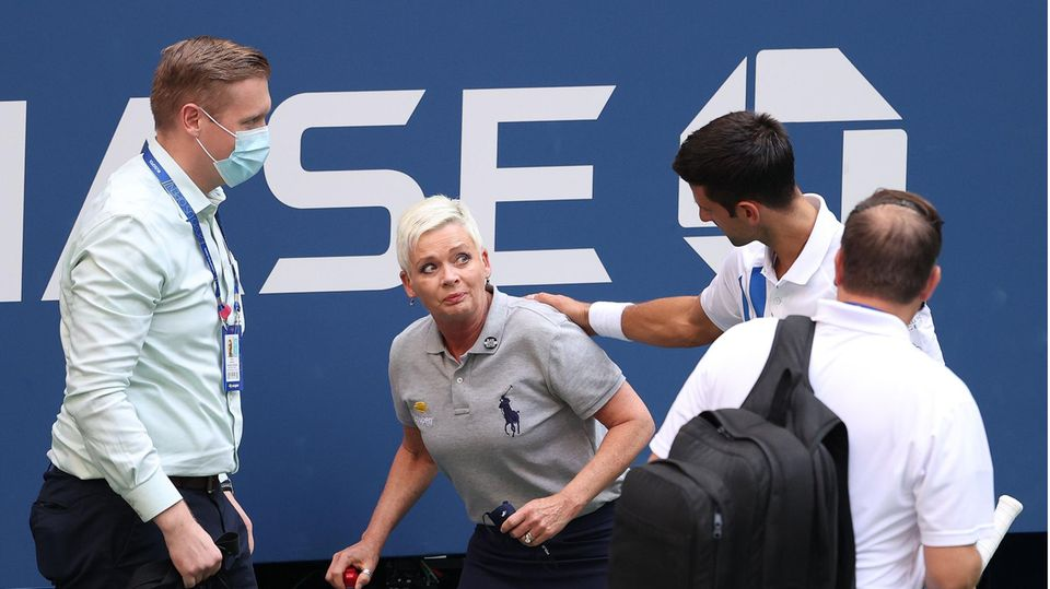 Novak Djokovic entschuldigt sich bei Linienrichterin