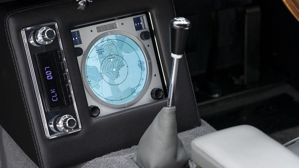 Auch die Karte samt Radarsignal ist Teil der Ausrüstung