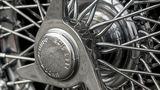 Die Speichenfelgen samt simulierten Reifenaufschlitzer dürfen ebenfalls nicht fehlen