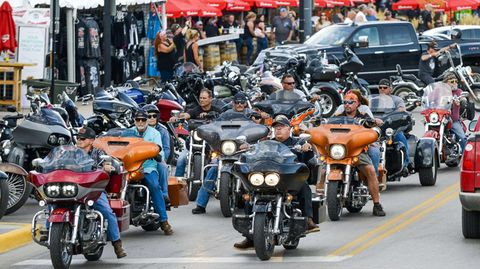 Worst-Case-Szenario eines Superspreader-Events: Motorradfahrer Anfang August auf derSturgis Motorcycle Rally