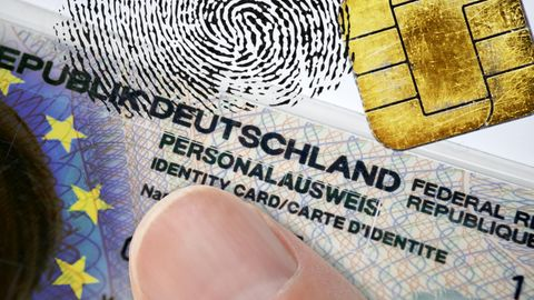 Gesetzesvorlage: Fingerabdruck im Personalausweis: Auf dem Weg zum gläsernen Bürgern