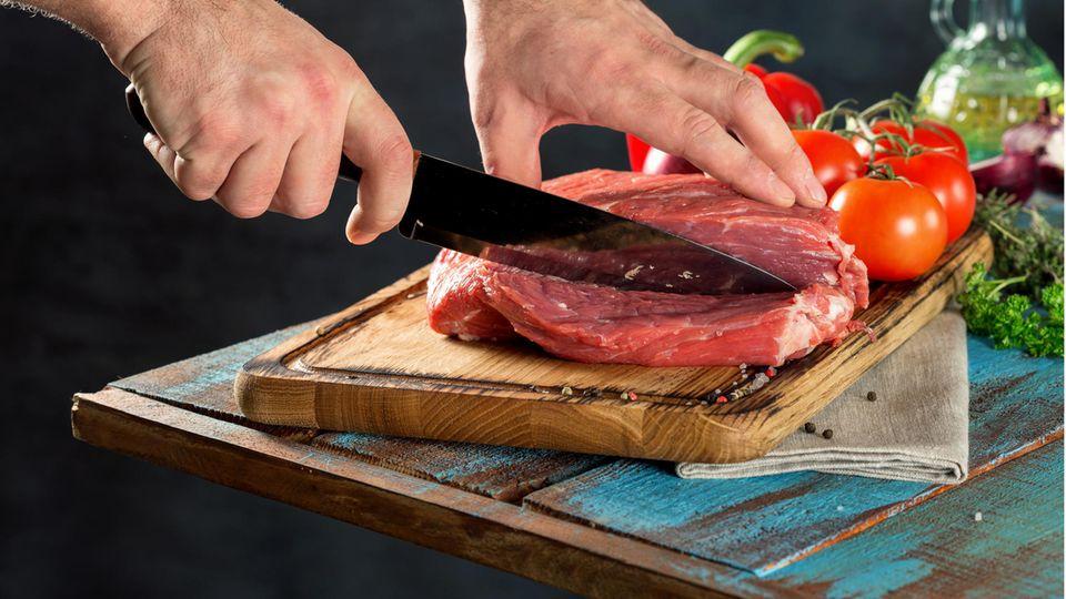 Ein Fleischmesser erleichtert die Arbeit