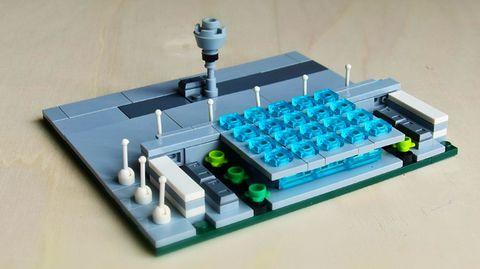 Und Fertig istdas Modell des Flughafens Berlin Brandenburg - ineiner knappen halben Stunde Bauzeit.