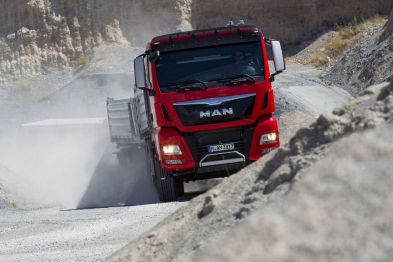 Bei einem derart schweren Vehikel wie einem Lkw kann jeder Fehler verheerende Folgen haben