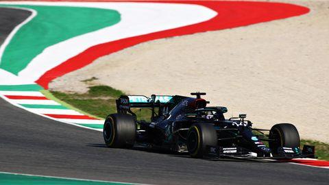 sport kompakt: Lewis Hamilton auf dem Formel-1-Kurs im italienischen Mugello