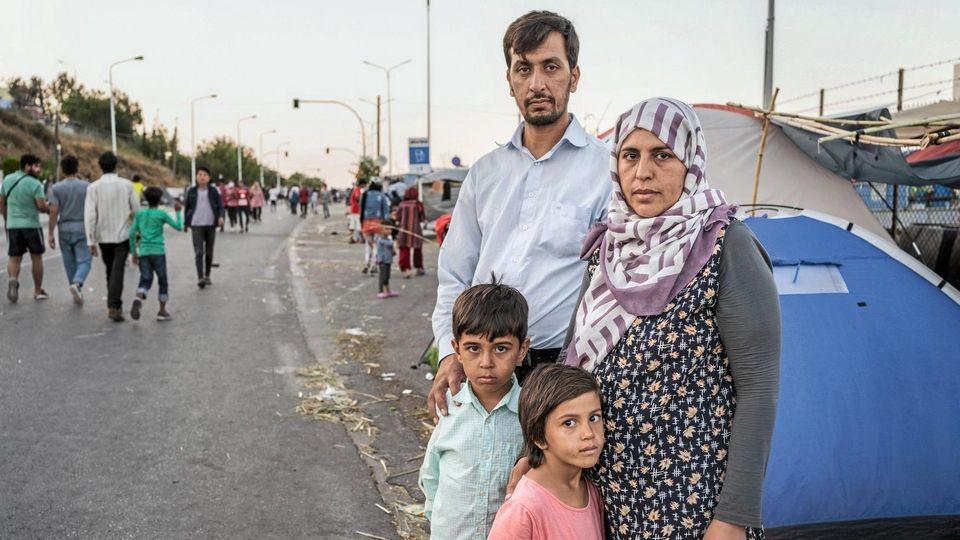 Ahmad Shakib mit seiner Frau Shukria und den Kindern Mirsana und Mustafa