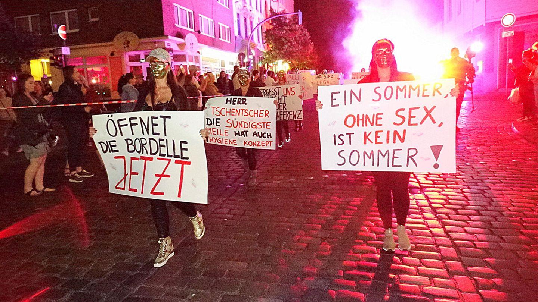 Demonstration von Sex-Arbeiterinnen im Sommer auf St. Pauli