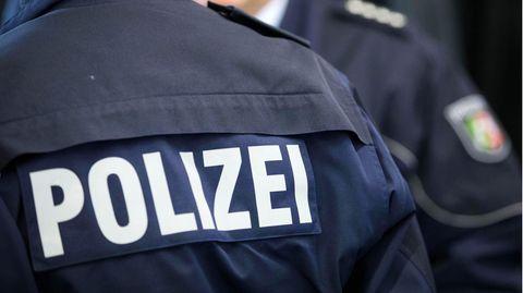 Die Polizei in Nordrhein-Westfalen hat ein Problem mit Rechtsextremenin den eigenen Reihen