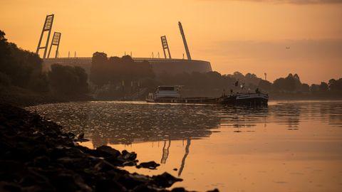 Bremer Weserstadion im Morgengrauen