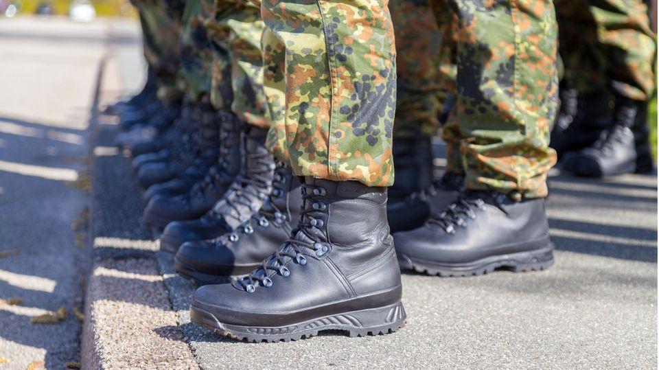 Studie beleuchtet jahrzehntelange Diskriminierung Homosexueller in der Bundeswehr