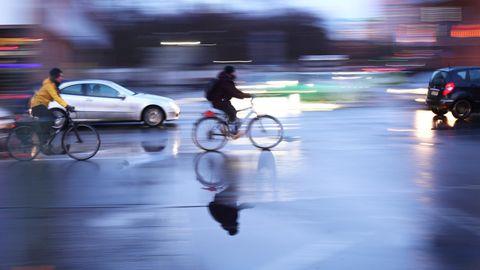Körperverletzung: Autofahrer wirft Radler zu Boden – ein Prozess in Lübeck zeigt das vergiftete Verhältnis auf der Straße