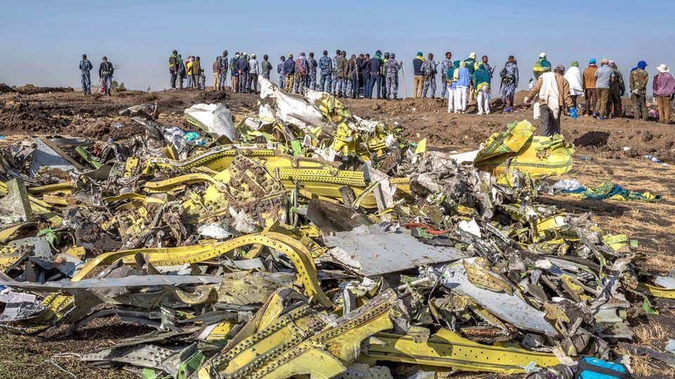 Wrackteile des abgestürzten Ethiopian-Airlines-Flugs 302
