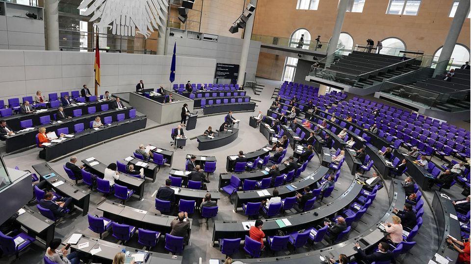 Der Bundestag hat angesichts der Corona-Krise eine milliardenschwere Entlastung der Kommunen beschlossen