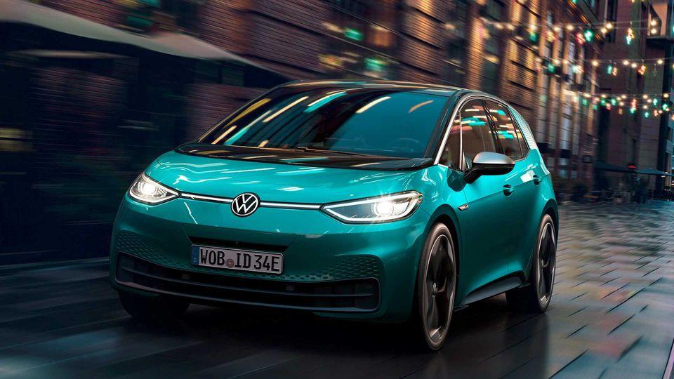 Preisübersicht: E-Autos – was sie kosten und wann Sie eins bekommen
