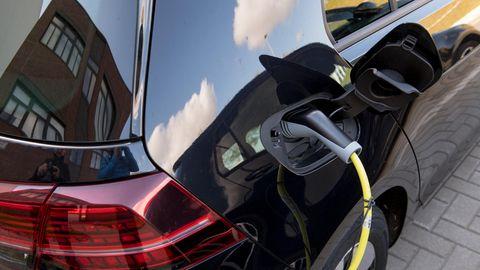 Steuern und Subventionen: Dienstwagen - so werden E-Autos unglaublich billig