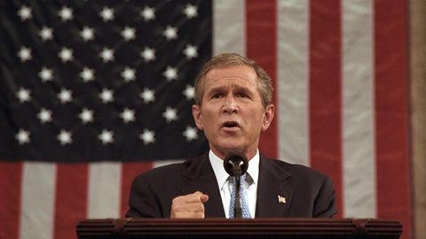 """George W. Bush ruft den """"Krieg gegen den Terror"""" aus"""