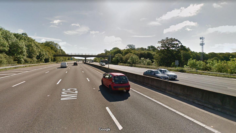 Auf diesem Abschnitt der M25 passiere das glimpflich ausgegangene Unglück