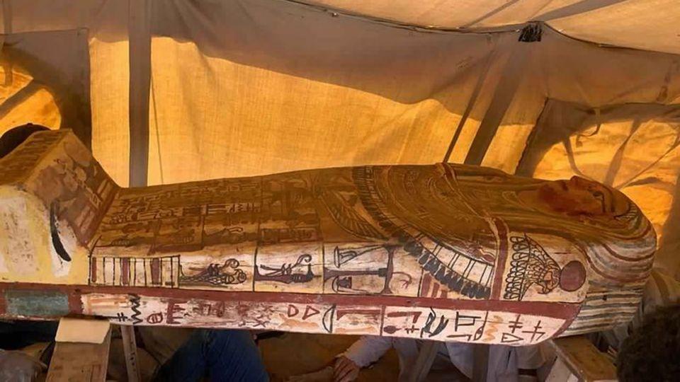 Sarkophage in Grabstätte in Ägypten entdeckt
