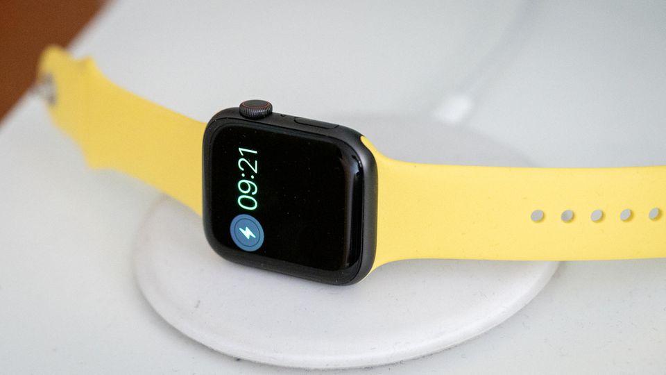 Die Apple Watch SE lädt nicht so schnell wie die Series 6