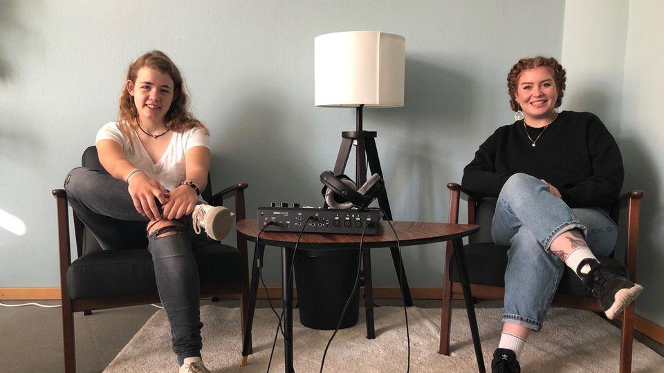 """Annika Rittmann, Pressesprecherin von Fridays for Future, zu Gast bei Ivy Haase im Podcast """"Unnützes Wissen"""""""