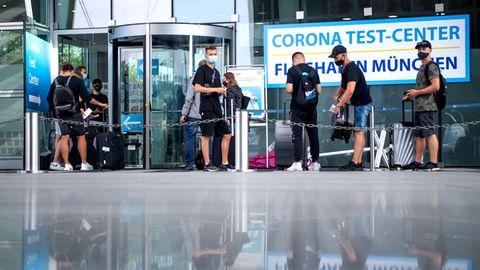 Test nach der Rückkehr obligatorisch:Lissabon, Dublin, Kopenhagen und Grenzgebiete in Tschechien und Österreich - die Bundesregierung hat zahlreiche Regionen in Europa zu Corona-Risikogebietenerklärt.