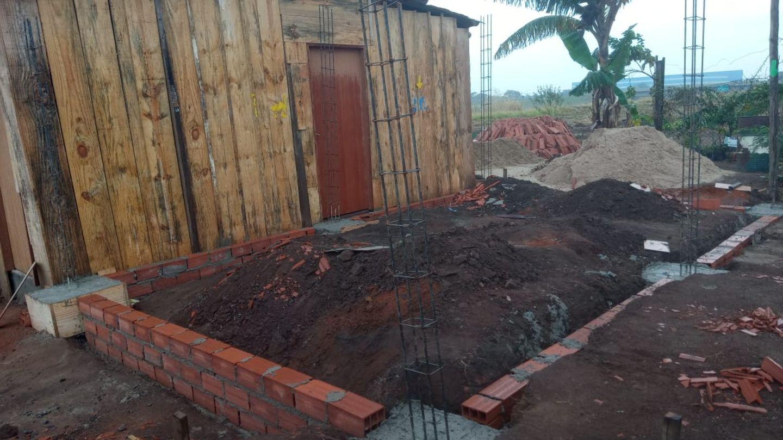 Der Bau der Zufluchtsstätte für Frauen in derFavela Menino Chorão in Campinas mithilfe von Spenden derstern-LeserInnen