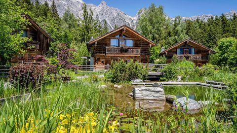 Das Chalet-DorfPriesteregg Premium Eco Resorts stellt Nachhaltigkeit in den Vordergrund
