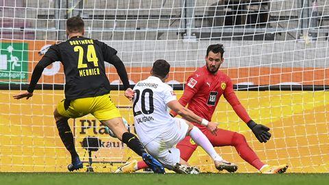 Caligiuri trifft zum 2 zu 0 für Augsburg gegen den BVB