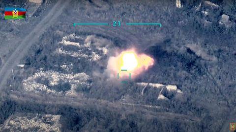Ein vom aserbaidschanischen Verteidigungsministerium veröffentlichten Bild