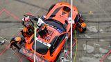 Vor Box 31: Get Speed Performance mit einem Mercedes AMG GT 3 und Fahrern aus London, Frankreich und Deutschland.