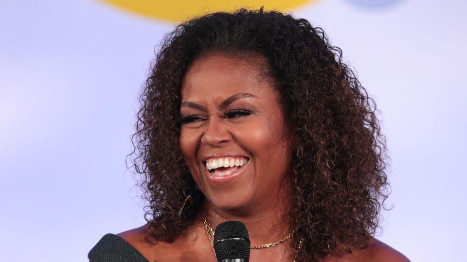 Michelle Obama lacht
